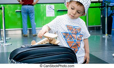 飛機, 以前, 機場, 漂亮, 玩具, 男孩, 很少, 飛行, 玩