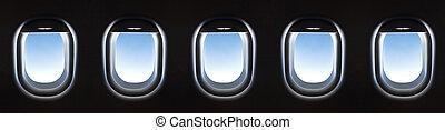飛行機の窓, そして, 素晴らしい, 柔らかい, 白い雲, に対して, 青い空