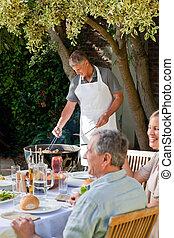 食べること, 家族, 庭