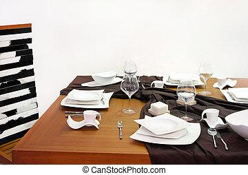 食事をしているテーブル