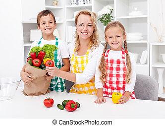 食料雑貨, 荷を解くこと, -, 準備, 食事