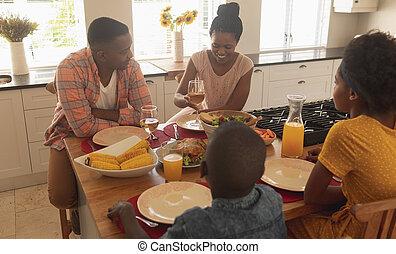 食物, 持つこと, アメリカ人, 食事をしているテーブル, 家族