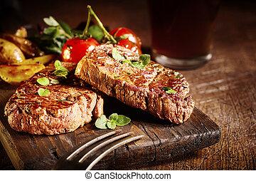 食通, フィレ, 円形浮彫り, 売りに出しなさい, 牛肉, 焼かれた