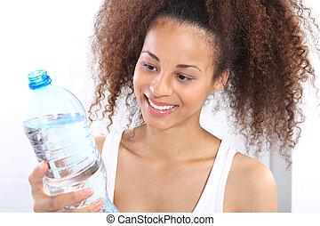 飲むこと, mulatto, water.