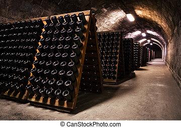 飲料, 貯蔵, 地下室