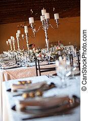 飾られる, テーブル, ∥において∥, 屋内, 結婚式, レセプション。, 選択的な 焦点