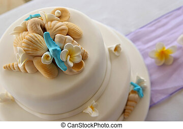 飾られる, 結婚式のケーキ