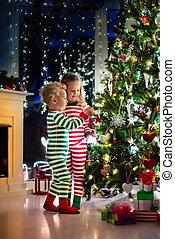 飾り付ける, 子供, 木, クリスマス