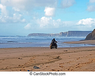 馬達, 開車, 在海灘