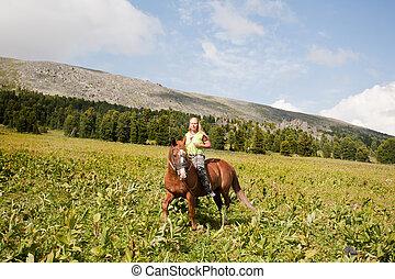 馬, 牧草地, 女の子, にまたがって