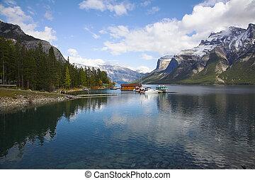 駅, 湖, ボート, 絵のよう