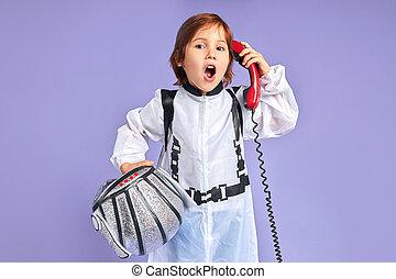 驚かされる, 話し, スーツ, 子供, 宇宙人, 電話, わずかしか