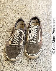 骯髒, 老, 鞋子, 上, 地板