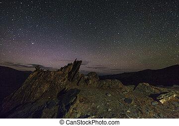 高い山, 驚かせること, 夜, 星が多い