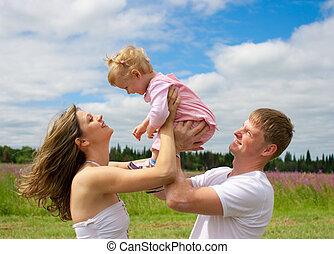 高兴的家庭, 在中, 领域, 或者, 草地