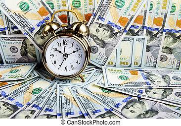 鬧鐘, 在上方, 錢