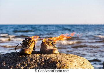 鬼鬼祟祟的人, 在, 火, 火焰