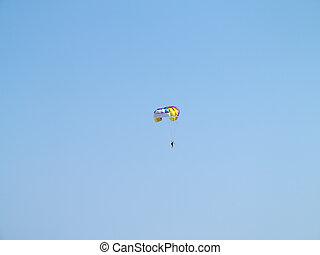 鮮艷, 降落傘, 在上方, 藍色的天空, 背景