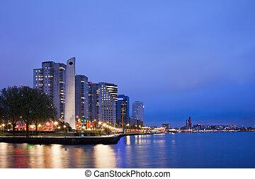 鹿特丹, 河, 看法, 夜晚