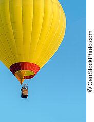 黃色, 熱的空氣汽球, 飛行, 上, 藍色的天空