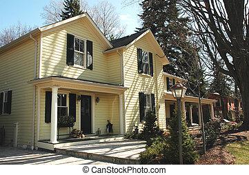 黄色的房屋