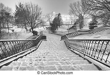 黒い、そして白い, 冬の景色, 都市で