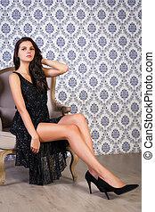 黒いドレス, 女