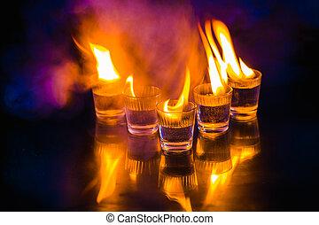 黒い背景, ガラス, アルコール, 燃焼