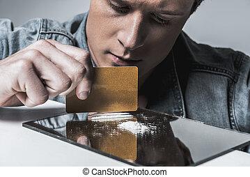 鼻で吸う, コカイン, 若者, 準備