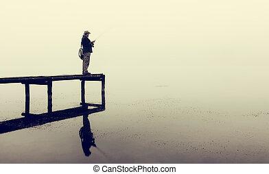 齒輪, 飛行釣魚, 鱒魚, 人, 抓住, 防波堤, 早晨, 有霧