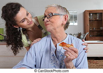 가정, 여자, 나이 적은 편의, 도움