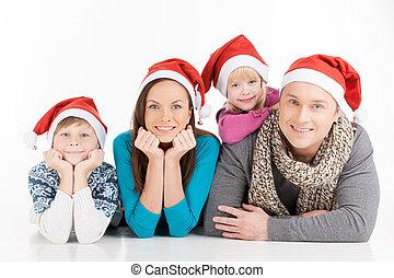 가족, 통하고 있는, 크리스마스., 쾌활한, 가족, 에서, santa, 모자, 사진기를 보는, 와..., 미소, 동안, 고립된, 백색 위에서