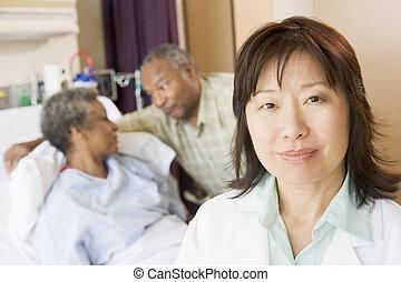 간호사, 서 있는, 에서, 병원 방