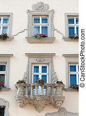 건물 정면, 꽃, 발코니