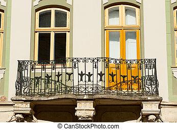 건물 정면, balcony.