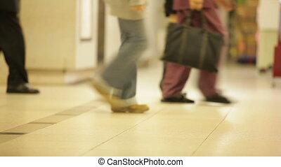 걷기, 지하철, 회관