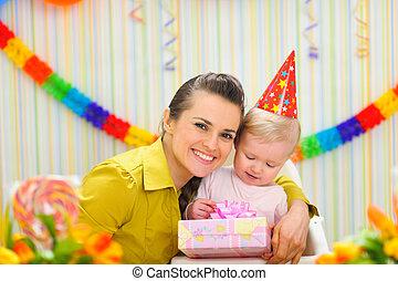 경축하는, 생일, 어머니, 아기, 초상, 처음