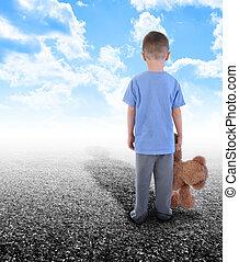 고독한, 소년, 혼자 서는, 와, 장난감 곰