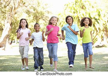 공원, 달리기, 그룹, 아이들, 완전히