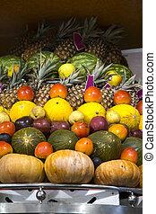 과일, 시장