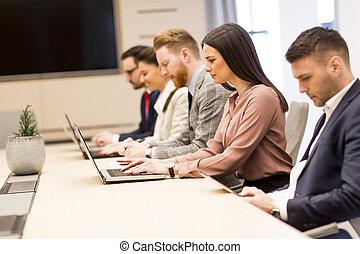 그룹, 의, 행복하다, 나이 적은 편의, 실업가, 에서, a, 특수한 모임, 에, 사무실