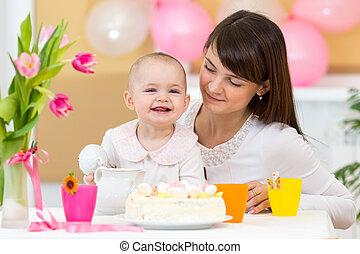 기념일을 축하하다, 아기, 처음, 어머니, 생일