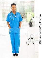 나이 적은 편의, african, 간호사, 서 있는, 에서, 현대, 사무실
