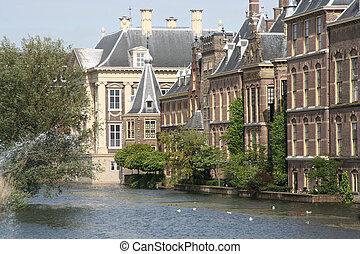 네덜란드어, 의회