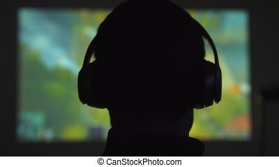 놀이, 착용, 헤드폰, movie., 밀려서, 손목시계, 나이 적은 편의, 암흑, 비디오, 남자,...