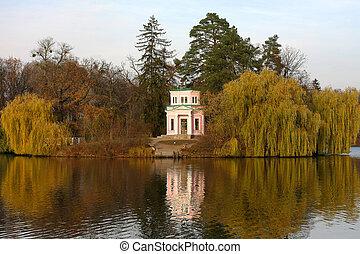 다채로운, 가을 조경, 호수