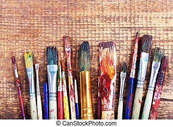 다채로운, 페인트 붓, 통하고 있는, a, 나무로 되는 테이블
