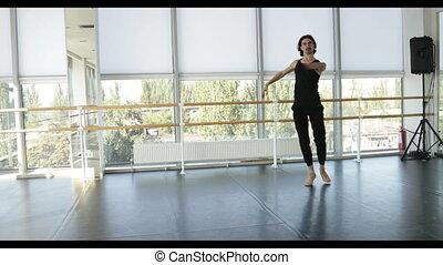 댄스, 남자, 현대, 발레 댄서, 은 실행한다, 댄스, 에서, 스튜디오