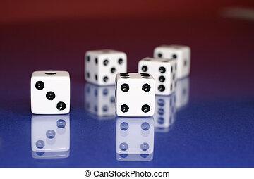 도박을 하다, 와, 주사위