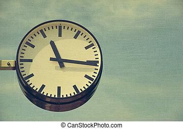도시, 시계